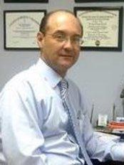 Cirugía Ocular Y Láser - Dr. Perdomo - Eye Clinic in Costa Rica