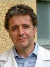 Luigi Naldi Medico Dermatologo - Presidio Ospedaliero Matteo - Dermatology Clinic in Italy