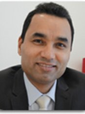 Sthetix Cosmetic Surgery Clinic - Mr Hassan Shaaban