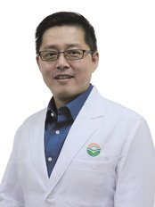 Ma Kuang Chinesse Medicine and Research Centre - Dr. Gao Chun Hong