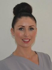 THE PERMANENT MAKEUP CLINIC - Lorna Hulme has extensive aesthetics and cosmetic industry experience having first entered the Beauty industry in 1994