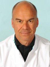 Aesthetics Nijmegen - Jan Fabré earned his diploma in 1994 as