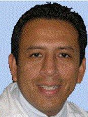Dr. Omar Medina - Dental Clinic in Peru