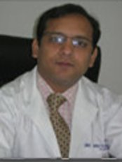 Dr. Reetesh Purwar - Lucknow-UP - Plastic Surgery Clinic in India