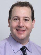 The Smile Dentist - Dr Bruno Paliani