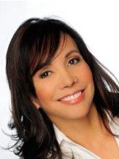 Clara Villa Diseno de Sonrisa - Dental Clinic in Colombia