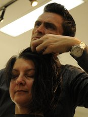 Blitz Coiffure Et Esthétique - Medical Aesthetics Clinic in Canada