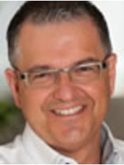Fraccaro Dental Group - Dental Clinic in Canada