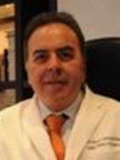 Clínica Vitée - Prof.Ricardo Cavalcanti - Plastic Surgery Clinic in Brazil
