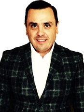 Dr. Salvador  Hernandez - Ensenada  - Plastic Surgery Clinic in Mexico