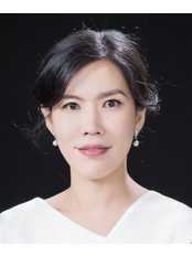Dr Janet Huang Cosmetic Plastic Surgeon - Dr Janet Huang