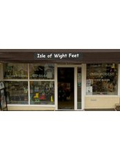 IW Feet - 6 Cross Street
