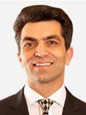 Dr. Mansoor Mirkazemi - Collins St Plastic Surgery - Plastic Surgery Clinic in Australia
