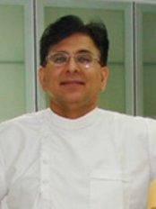 Dr. Anil Arora - Clinic 1 - Anil Anora
