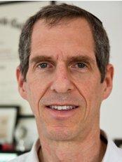 Jerusalem Chiropractor - Dr. Freeman, 1987 grad. of Cleveland Chiro College