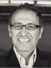 Greenwood Park Dentistry - Dr Moe Tabesh