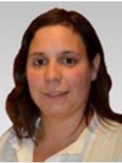 Dra. Matilde Corrêa de Sá - Dental Clinic in Portugal