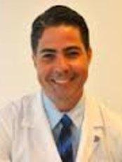 Dr Franklin Carneiro Cirurgia Plástica - Plastic Surgery Clinic in Brazil