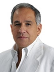 Dr. Juan Carlos Fernandez Romero - San Angel Spa Bogota - Plastic Surgery Clinic in Colombia