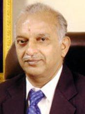 Dr.Naidus Dental Clinic - Dental Clinic in India