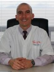Dr. Felipe Muñoz - Plastic Surgery Clinic in Colombia