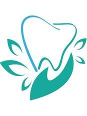 Dr Dat & CS International dental clinic - logo
