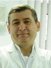 Prof. Dr. Faruk Haznedaroğlu - Endodonti and Kanal Tedavisi - Dental Clinic in Turkey