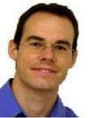 PD Dr. Lorenz Brauchli - Dental Clinic in Switzerland
