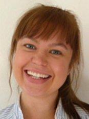 Broadfield Dental Centre - Dr Johanna Rehnstrom