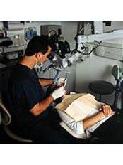 Carlos Boveda - Endodontics Department - Dental Clinic in Venezuela
