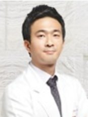 Renew Me Dermatology - Hair Loss Clinic in South Korea