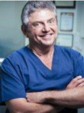 Dental Clinic Edgecliff | Cosmetic Dentist Edgecli - Dental Clinic in Australia