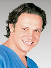 Ernesto Andrade - Plastic Surgery Clinic in Colombia