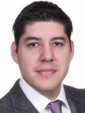 Dr. Maximiliano Martinez Ruiz - Plastic Surgery Clinic in Mexico