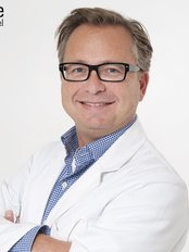 Clinic2.be - Dr Wim De Kerpel - Plastic Surgeon