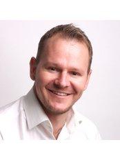 HealthSpace Aesthetics - Justus Dirks