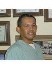 Aldana Dental - Dr. Eduardo Aldana - Dental Clinic in Mexico