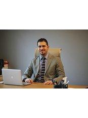 Dr. Gökhan Haytoglu - Klinik für Plastische Chirurgie in der Türkei