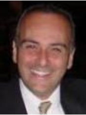 Dr. Fabio Nahas - Plastic Surgery Clinic in Brazil