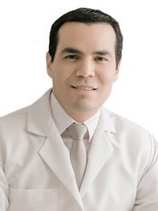 Dr Rafael Camberos - Plastic Surgery Clinic in Mexico