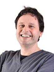 Darras Dental - Dr Paul Shenfine