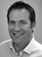 Mr Andrew RJ Elder, Specialist Dental Care - Web portrait