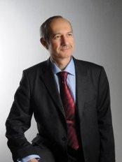 Prof. Dr. Mehmet Çolakoğlu - Fertility Clinic in Turkey