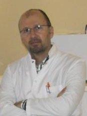 Dr. Ufuk Kayhan - Zahnarztpraxis in der Türkei