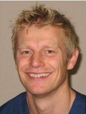 Muirhead and Associates Dental Practice - Dr Robert Muirhead