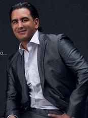 Dr. Mario Alvarenga - Plastic Surgery Clinic in Costa Rica