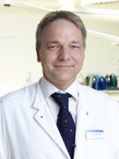 Plastische Chirurgie Stuttgart - Pfau Werdin - Plastic Surgery Clinic in Germany