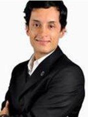 Diego ArmandoCirujano Plastico - Plastic Surgery Clinic in Colombia