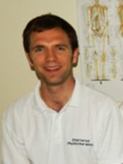 Benchmark Physiotherapy Clydebank - Physiotherapy Clinic in the UK