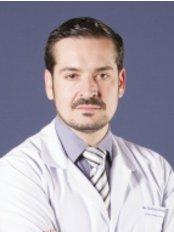 Dr. Gustavo Jimenez Muñoz Ledo - Plastic Surgery Clinic in Mexico